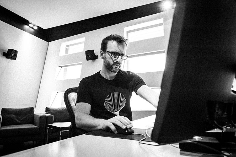 Mischtonmeister, Sound Designer, Sound Editor, Blautöne - Audiopostproduktion Tonstudio Wien