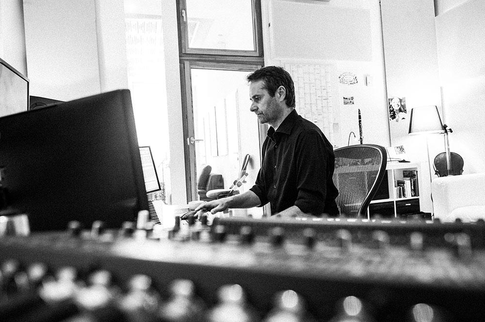 Musicstudio | Musikproduktion | Filmmusik Blautöne - Audio Postproduktion Tonstudio Wien