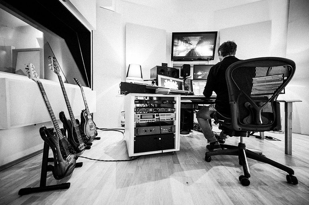 Musicstudio   Musikproduktion   Filmmusik Blautöne - Audio Postproduktion Tonstudio Wien