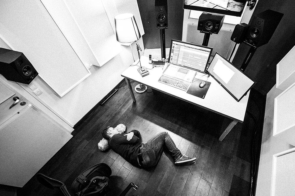 Edit Suites Sound Design | Sound Editing | Tonschnitt Blautöne - Audio Postproduktion Tonstudio Wien